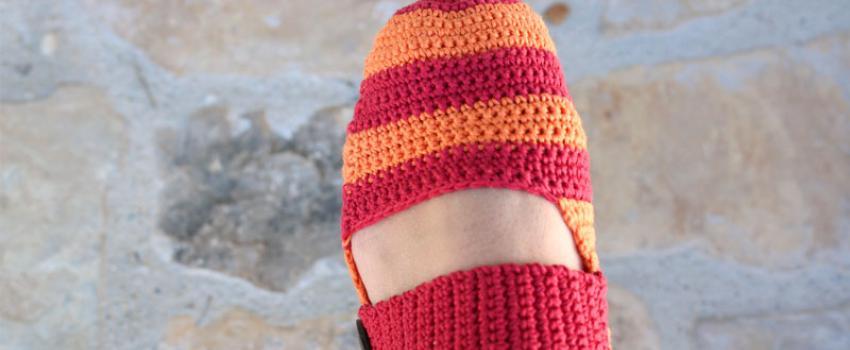 sandalias-rayas-web-crochet-slippers-free-pattern